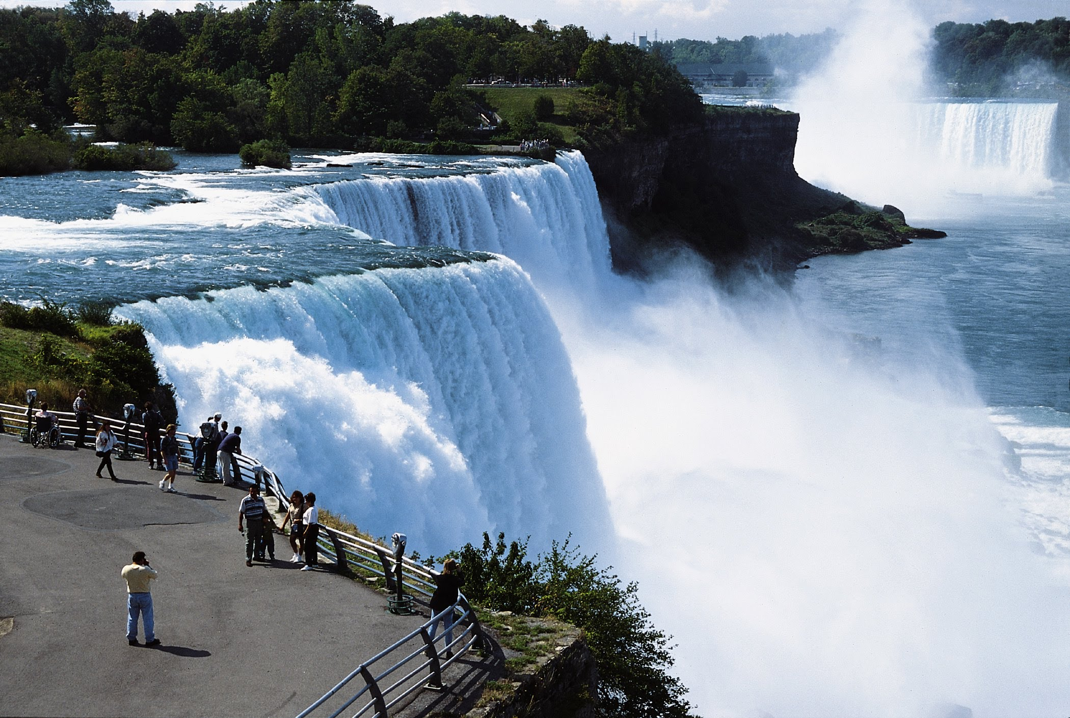 Top  Tourist Places In The World